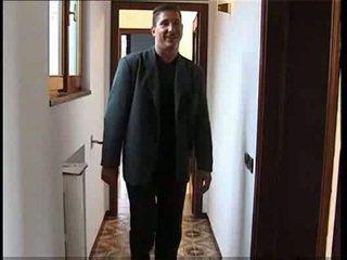 žmonos apgautas vyras, pupytės, gauja sprogimo, namų šeimininkė