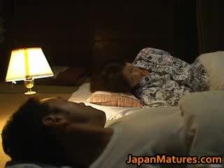 Chisato shouda дивовижна зріла японська