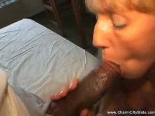 Brut fuck moms