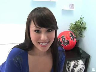 Avena Asian Babe