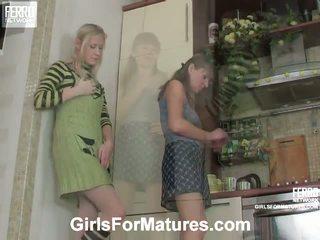 Madge і jess pussyloving мама в процес