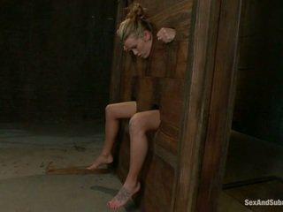 Mladý aiden aspen going cez the punishment
