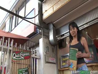 Kuuma oye loca video- starring marcellinha moraes, abril santamaria, ginyer alvarez