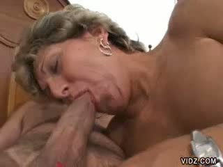 Granny prostitute Xena has such gaping holes