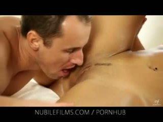 een jong kanaal, meer orale seks, echt orgasme porno
