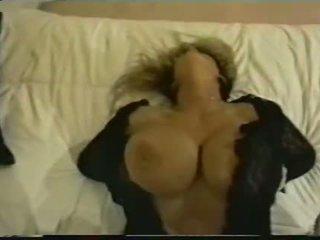 grote borsten, lichaam, zien camera kanaal