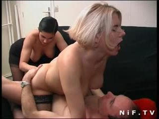 Anal sex and fisting for two french sluts