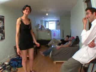 Gangbang para petra, marido a assistir