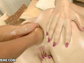 Double anal fisten