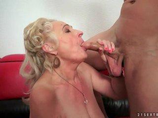 Oral ninelerin seks dıldo
