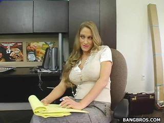Secratery seducing cô ấy ông chủ