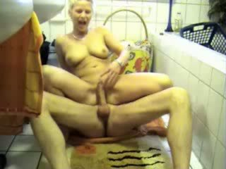 Amateur Mature Woman Rough ass Fuck In The Bath room