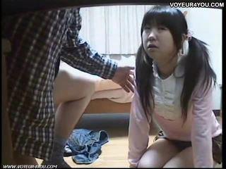 Japonské školáčka orál sex tutorial