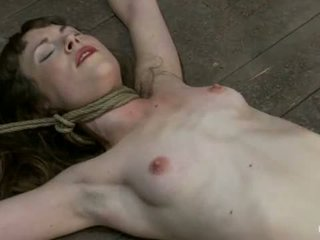 Whipped tickled 만든 에 분출 위에 위에 만든 에 분출 부터 운지법 닌가 그녀의 바보