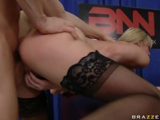 Porno Young Girls In Action