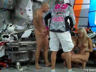ร้อน ระเบิดงาน ที่ร้อนแรง, คุณ groupsex จริง, katya สีบลอนด์ busty
