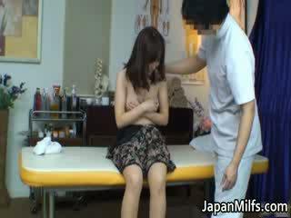 Extremely 뿔의 일본의 섹스하고 싶은 중년 여성 빨기