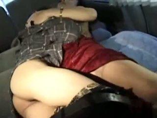 Възрастни азиатки пума fucks тя мършав млад lover