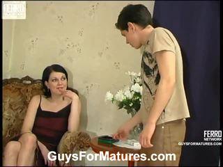 Flora et timothy stupéfiant mère onto vidéo