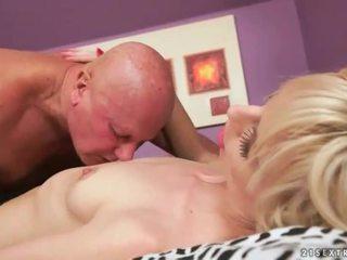 hardcore sex, echt orale seks film, plezier zuigen kanaal