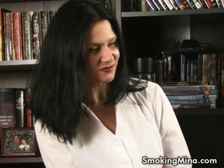 heet brunette kanaal, gratis roken seks, groot kindje klem
