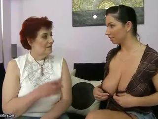Gorda abuela y pechugona adolescente appreciating lesbo porno