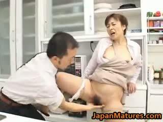 Hitomi kurosaki zralý asijské kuřátko part1