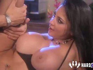 brunette most, full big boobs great, blowjob great