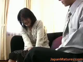 Pieauguša reāls aziāti sieviete getting part3