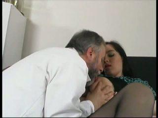 Gynecologist اللعنة lustful حامل المريض