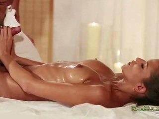 alle brunette, orgasme kanaal, kwaliteit lichaam scène