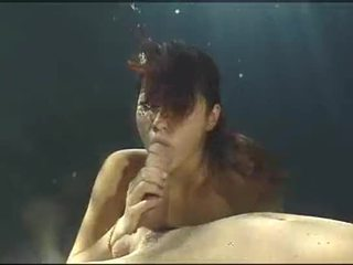 Underwater Asain Blowjob