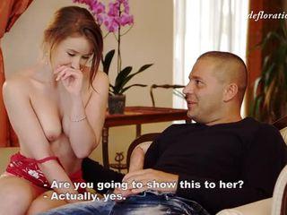 Virgin gadis fingers alat kemaluan wanita