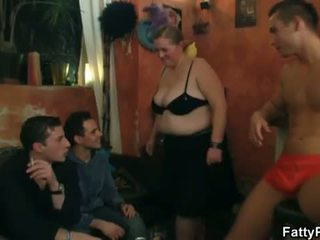Fatty Pub: Horny BBW bitches preparing for an orgy party