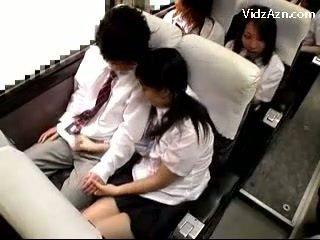 女子生徒 けいれん オフ guys コック 上の ザ· schools バス 旅行