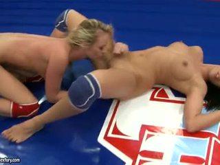 lesbische seks gepost, nominale lesbian wrestli, melissa ria kanaal