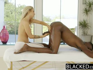 Blacked e bukur bjonde karla kush loves massaging bbc