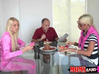 วีดีโอ แบล็คเมล์ ด้วย puma swede และ vanessa กรง