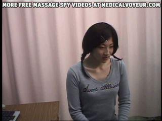 Spyvideo 의 여성 climaxing 에 그녀의 gynocologist