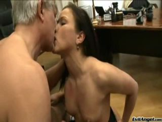 Dark Haired Honey Plays Pisser Then Has Her Tight Butt Fucked!