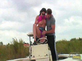Daisy Duxxx Gets Moist Onto The Boat!