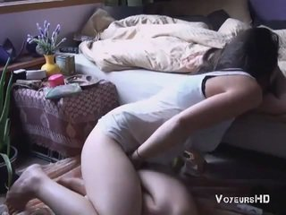 Sister tabatud masturbeerimine