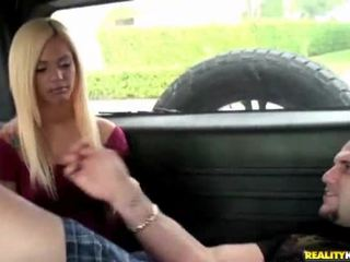 Girls Give Head For A Ride