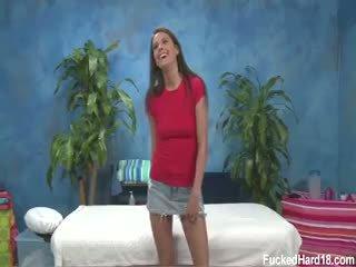 Erin stein seduced og knullet hardt av henne massasje therapist
