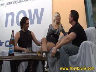 hardcore sex, pissing nejlepší, zábava opilý