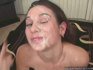 Pleasing beauty jackie ashe engulfing weenies und takes ein unordentlich fies facials