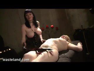 hq grote borsten seks, online marteling actie, pijnlijk thumbnail