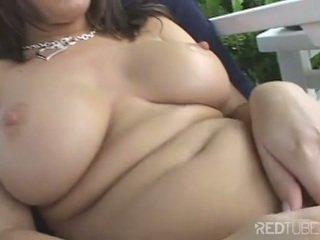 Kody Coxxx loves to play her pierce clit