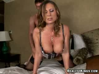 Devon lee - devon 차종 jordan 지불 용 stumbling 으로 그녀의 방 에 사고 로 만들기 그를 씨발 그녀의 여성 성기 에 그녀의 liking.