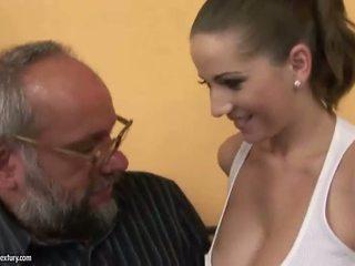 Baise avec une blind fille porno